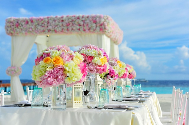Beach wedding rentals items