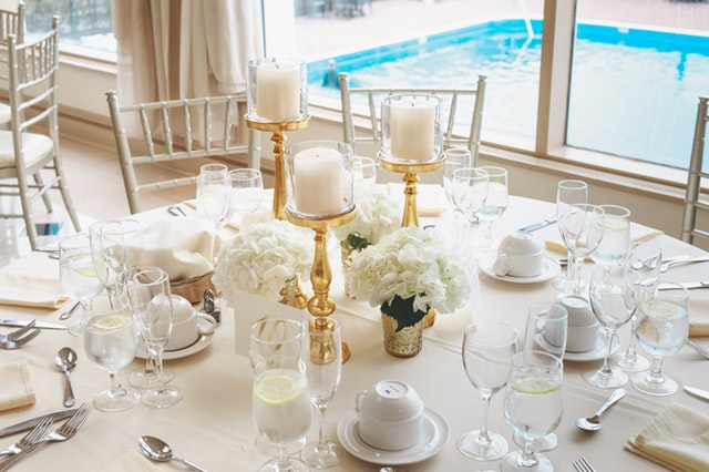 White-themed-party