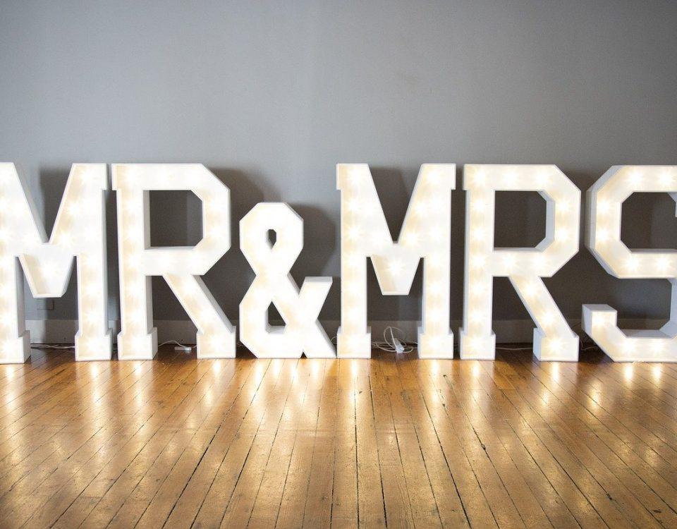 wedding rentals Miami planning tips