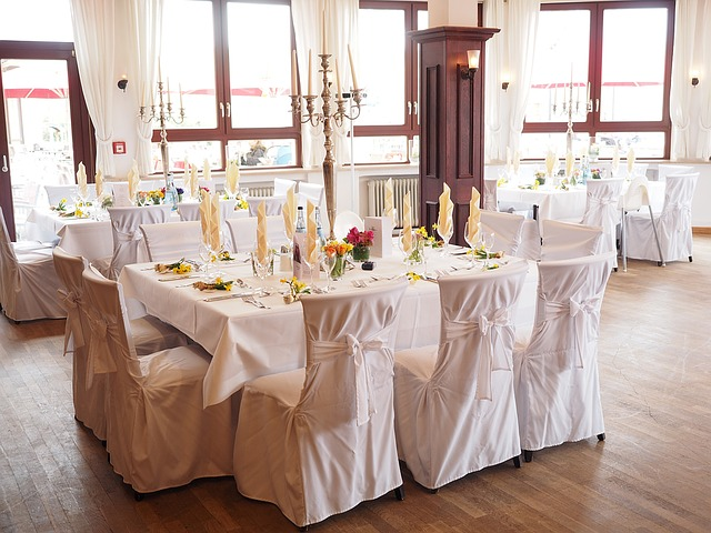 wedding-table-chairs